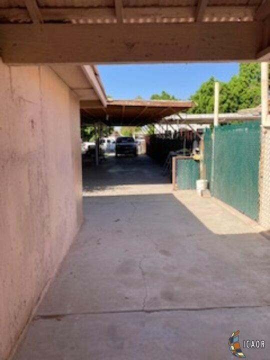 732 Magnolia St, Brawley, CA 92227 (MLS #21791100IC) :: Duflock & Associates Real Estate Inc.