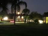 8 Vista Palm Lane - Photo 32
