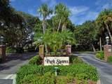221 Park Shores Circle - Photo 1