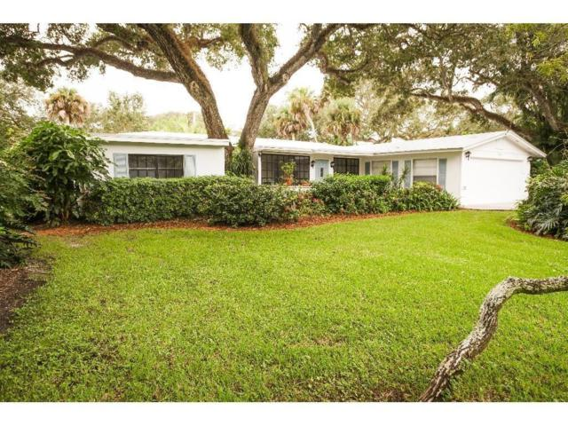 640 Date Palm Road, Vero Beach, FL 32963 (MLS #200448) :: Billero & Billero Properties