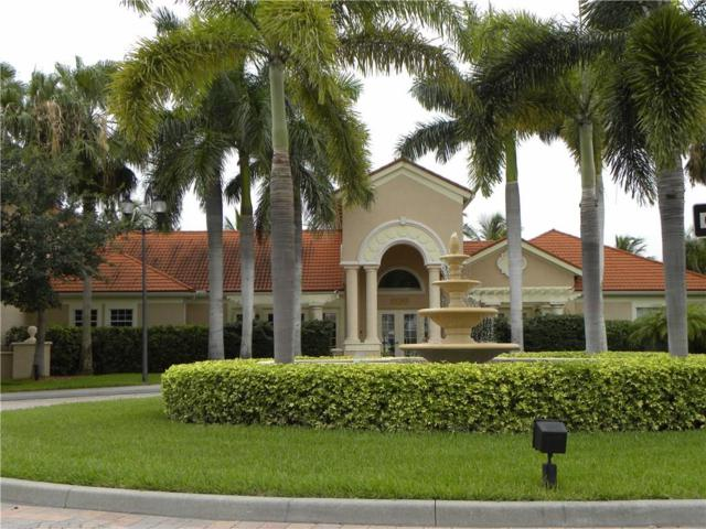 1550 42nd Circle #303, Vero Beach, FL 32967 (MLS #201808) :: Billero & Billero Properties