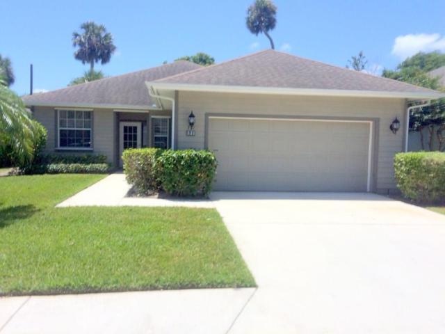 331 Hawthorne Lane, Vero Beach, FL 32962 (#204409) :: The Reynolds Team/Treasure Coast Sotheby's International Realty