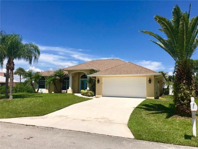 117 Queen Elizabeth Court, Fort Pierce, FL 34949 (MLS #206738) :: Billero & Billero Properties