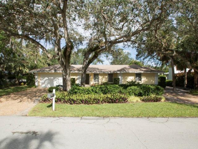 535 Iris Lane, Vero Beach, FL 32963 (#207419) :: The Reynolds Team/Treasure Coast Sotheby's International Realty