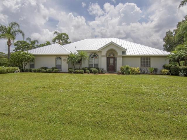 240 32nd Court SW, Vero Beach, FL 32968 (MLS #207596) :: Billero & Billero Properties