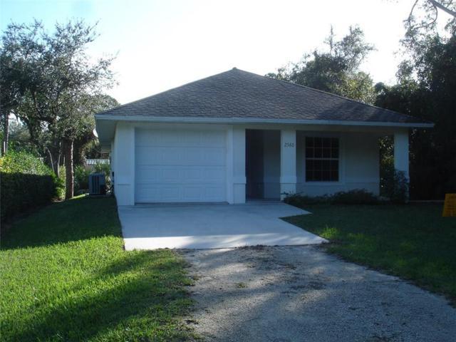2560 86TH Drive, Vero Beach, FL 32966 (#208175) :: The Reynolds Team/Treasure Coast Sotheby's International Realty