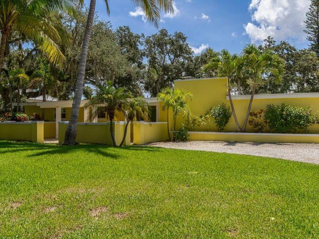 538 Tulip Lane, Vero Beach, FL 32963 (MLS #208264) :: Billero & Billero Properties