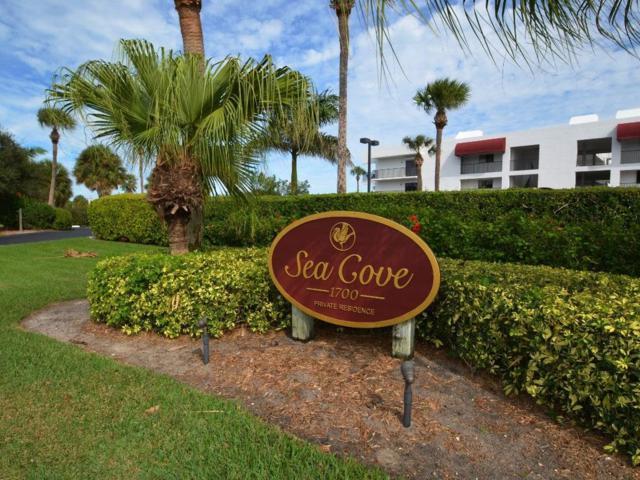 1700 Ocean Drive 304V, Vero Beach, FL 32963 (MLS #208376) :: Billero & Billero Properties