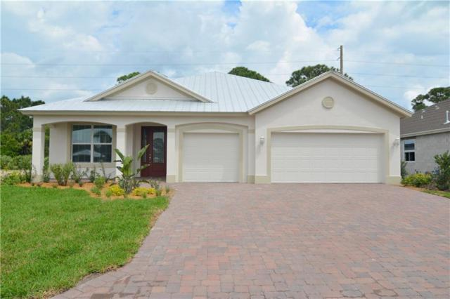 392 11th Square SW, Vero Beach, FL 32962 (#210266) :: The Reynolds Team/Treasure Coast Sotheby's International Realty
