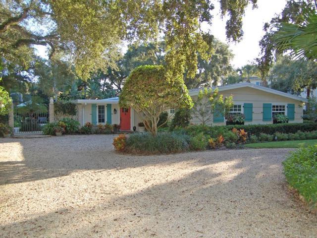 702 Lantana Lane, Vero Beach, FL 32963 (MLS #210637) :: Billero & Billero Properties