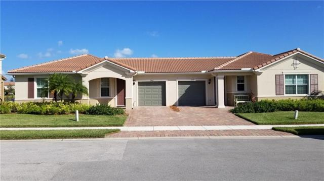 1062 Normandie Way, Vero Beach, FL 32960 (MLS #210697) :: Billero & Billero Properties