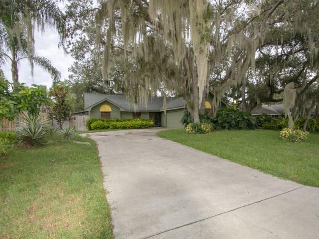 310 10th Street SW, Vero Beach, FL 32962 (#210702) :: The Reynolds Team/Treasure Coast Sotheby's International Realty