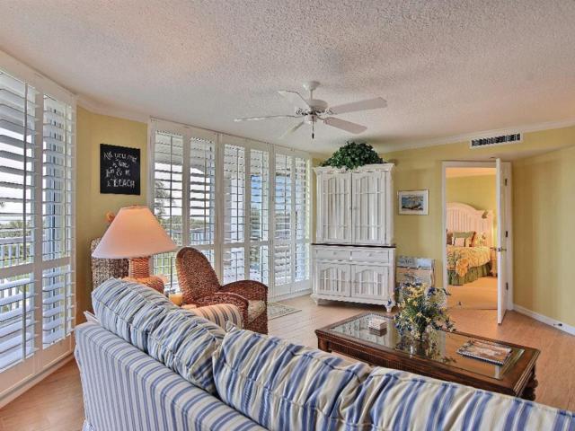 5051 N Highway A1a 3-6, Hutchinson Island, FL 34949 (MLS #210768) :: Billero & Billero Properties