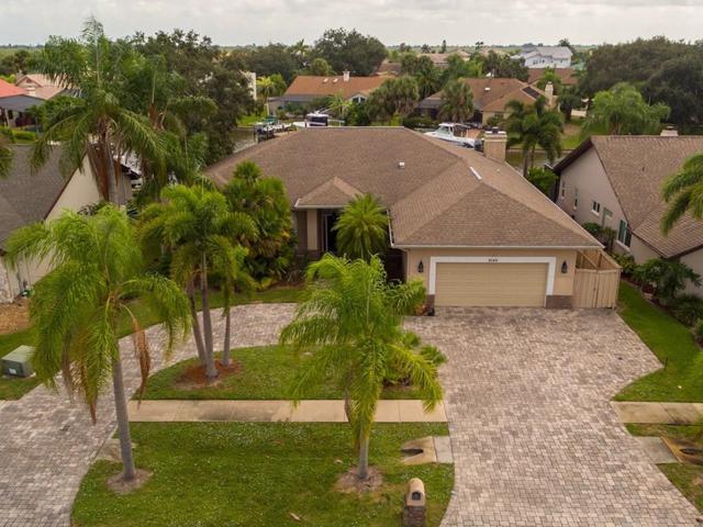 2140 Sykes Creek Drive, Merritt Island, FL 32953 (#211024) :: The Reynolds Team/Treasure Coast Sotheby's International Realty
