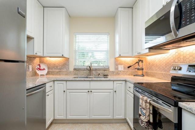 24 Vista Gardens Trail #201, Vero Beach, FL 32962 (MLS #211365) :: Billero & Billero Properties