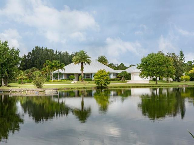 6310 37th Street, Vero Beach, FL 32966 (MLS #211551) :: Billero & Billero Properties