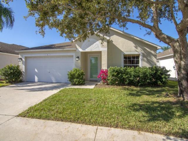 1016 E 13th Square, Vero Beach, FL 32960 (#212621) :: The Reynolds Team/Treasure Coast Sotheby's International Realty
