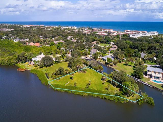 884 Indian Lane, Vero Beach, FL 32963 (MLS #212798) :: Billero & Billero Properties