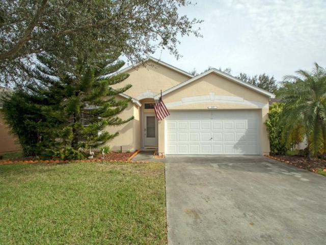 1007 E 13th Square, Vero Beach, FL 32960 (#212822) :: The Reynolds Team/Treasure Coast Sotheby's International Realty