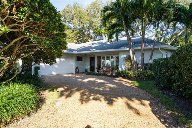 555 Honeysuckle Lane, Vero Beach, FL 32963 (MLS #212839) :: Billero & Billero Properties