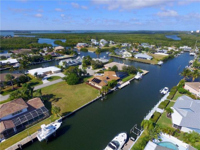 126 Queen Catherina Court, Hutchinson Island, FL 34949 (#214906) :: The Reynolds Team/Treasure Coast Sotheby's International Realty