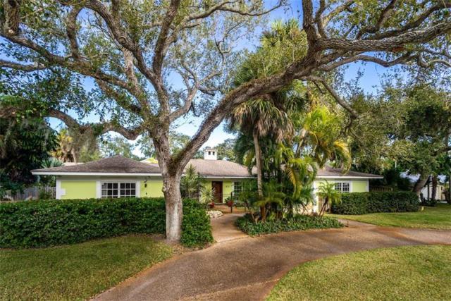611 Date Palm Road, Vero Beach, FL 32963 (MLS #214935) :: Billero & Billero Properties