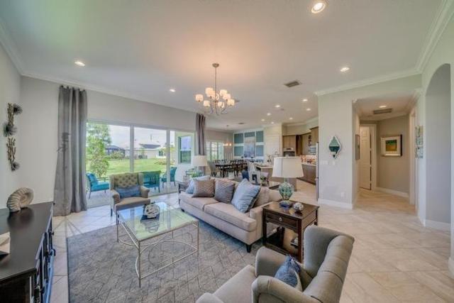 335 11th Square SW, Vero Beach, FL 32962 (MLS #215003) :: Billero & Billero Properties