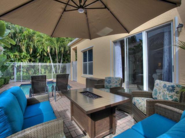 9585 W Maiden Court, Vero Beach, FL 32963 (#215431) :: The Reynolds Team/Treasure Coast Sotheby's International Realty