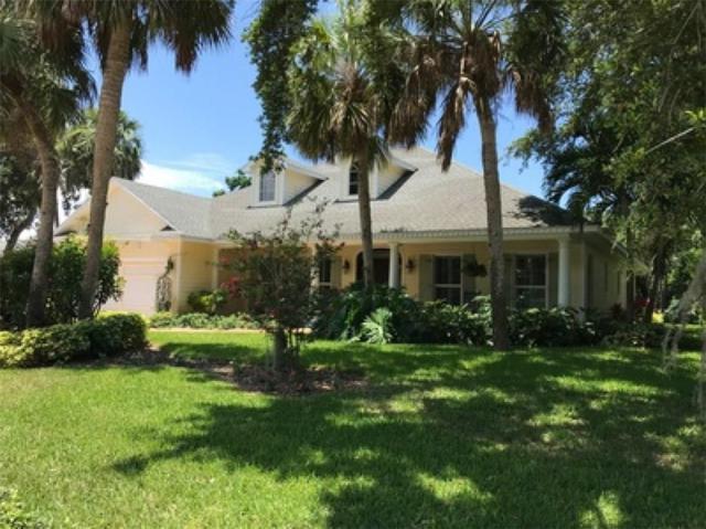 615 Iris Lane, Vero Beach, FL 32963 (MLS #215655) :: Billero & Billero Properties