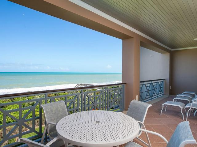 60 Beachside Drive #201, Vero Beach, FL 32963 (MLS #215712) :: Billero & Billero Properties