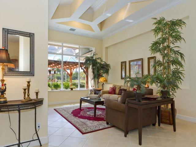 6475 Frances Manor, Vero Beach, FL 32967 (#215889) :: The Reynolds Team/Treasure Coast Sotheby's International Realty