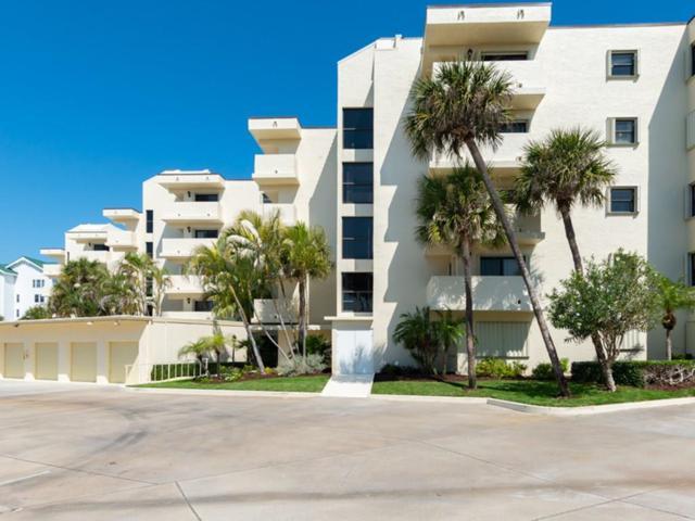 2636 Ocean Drive #104, Vero Beach, FL 32963 (MLS #216024) :: Billero & Billero Properties