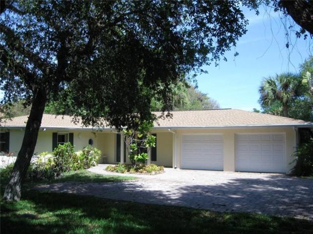 911 Sandpiper Lane, Vero Beach, FL 32963 (MLS #219462) :: Billero & Billero Properties