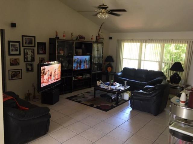 145 10th Avenue, Vero Beach, FL 32962 (#220284) :: The Reynolds Team/Treasure Coast Sotheby's International Realty