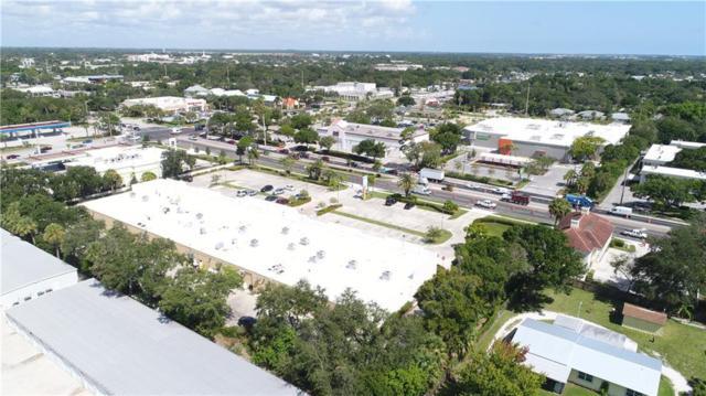 703 17th Street, Vero Beach, FL 32960 (#221837) :: The Reynolds Team/Treasure Coast Sotheby's International Realty
