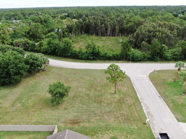 1915 13th Avenue SW, Vero Beach, FL 32962 (MLS #222494) :: Billero & Billero Properties