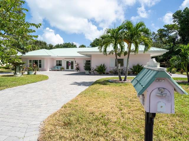 4602 Sunset Drive, Vero Beach, FL 32963 (MLS #226171) :: Billero & Billero Properties