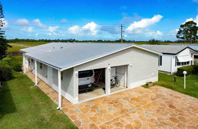 812 Periwinkle Circle, Barefoot Bay, FL 32976 (MLS #226451) :: Billero & Billero Properties