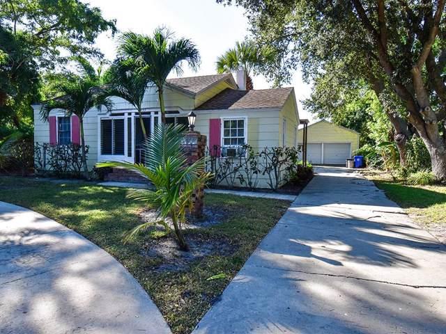 2433 19th Avenue, Vero Beach, FL 32960 (MLS #228093) :: Team Provancher | Dale Sorensen Real Estate