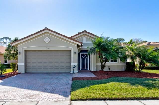 3237 Sussex Way, Vero Beach, FL 32966 (MLS #229496) :: Team Provancher | Dale Sorensen Real Estate