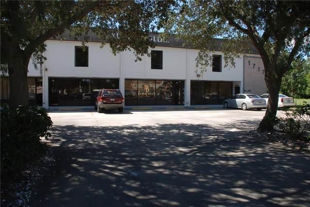 1717 20th Street #104, Vero Beach, FL 32960 (MLS #229600) :: Team Provancher | Dale Sorensen Real Estate