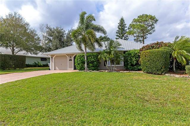 215 13th Avenue, Vero Beach, FL 32962 (MLS #229990) :: Billero & Billero Properties