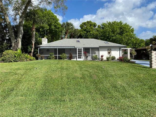 8404 Fort Walton Avenue, Fort Pierce, FL 34951 (MLS #230098) :: Billero & Billero Properties