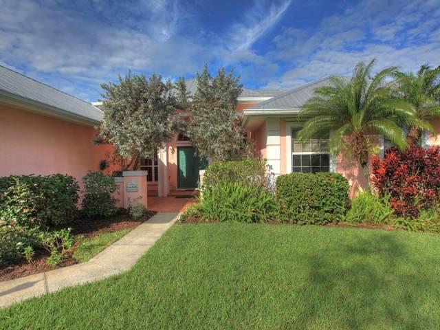 532 N Blue Island Street, Sebastian, FL 32958 (MLS #230249) :: Team Provancher | Dale Sorensen Real Estate