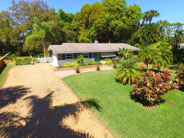 722 Broadway Street, Vero Beach, FL 32960 (MLS #230541) :: Team Provancher | Dale Sorensen Real Estate