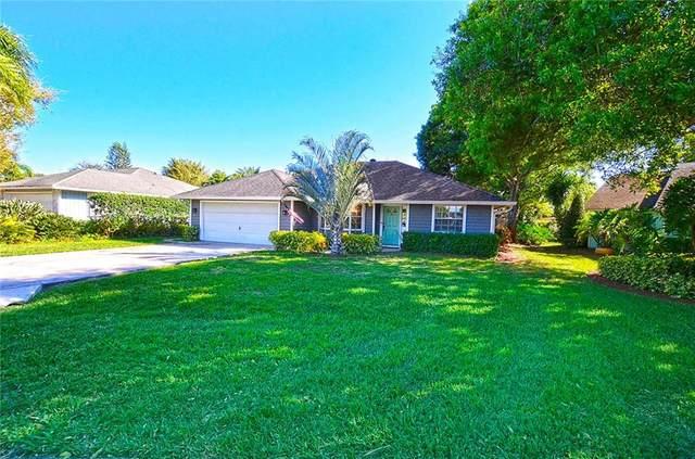 745 24th Square, Vero Beach, FL 32962 (MLS #230570) :: Team Provancher | Dale Sorensen Real Estate