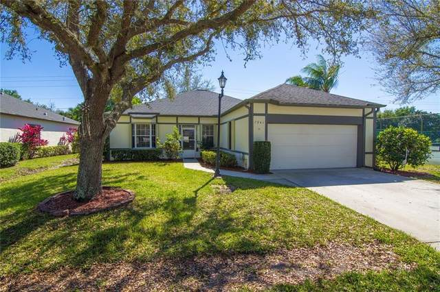 7941 Cabot Tower Place, Vero Beach, FL 32966 (MLS #230615) :: Billero & Billero Properties