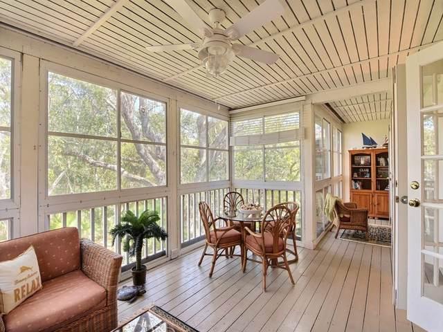 1295 Winding Oaks Circle #807, Vero Beach, FL 32963 (MLS #230680) :: Team Provancher | Dale Sorensen Real Estate
