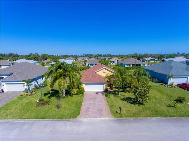 8340 Paladin, Vero Beach, FL 32967 (MLS #230756) :: Team Provancher | Dale Sorensen Real Estate