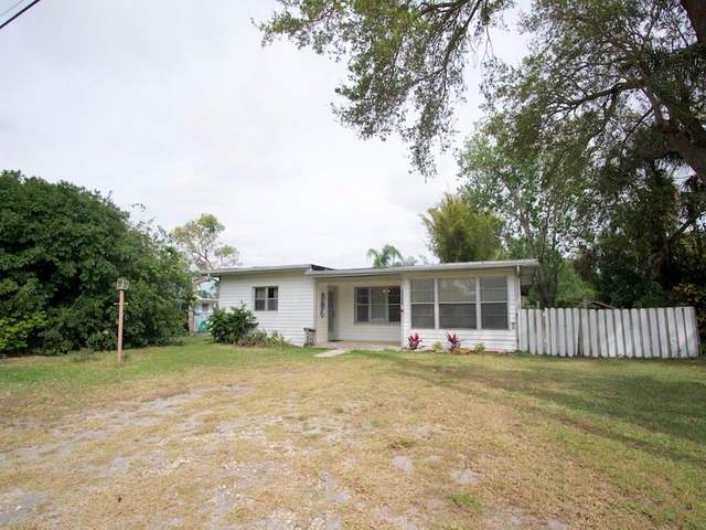 5040 65th Street, Vero Beach, FL 32967 (MLS #230821) :: Team Provancher | Dale Sorensen Real Estate